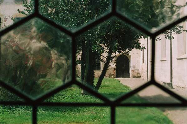 Pelouse d'un monastère